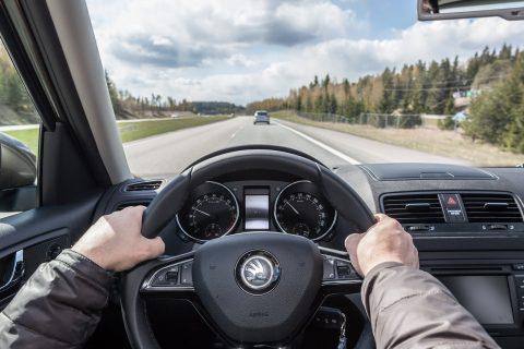Turvallinen ajonopeus on tärkeää