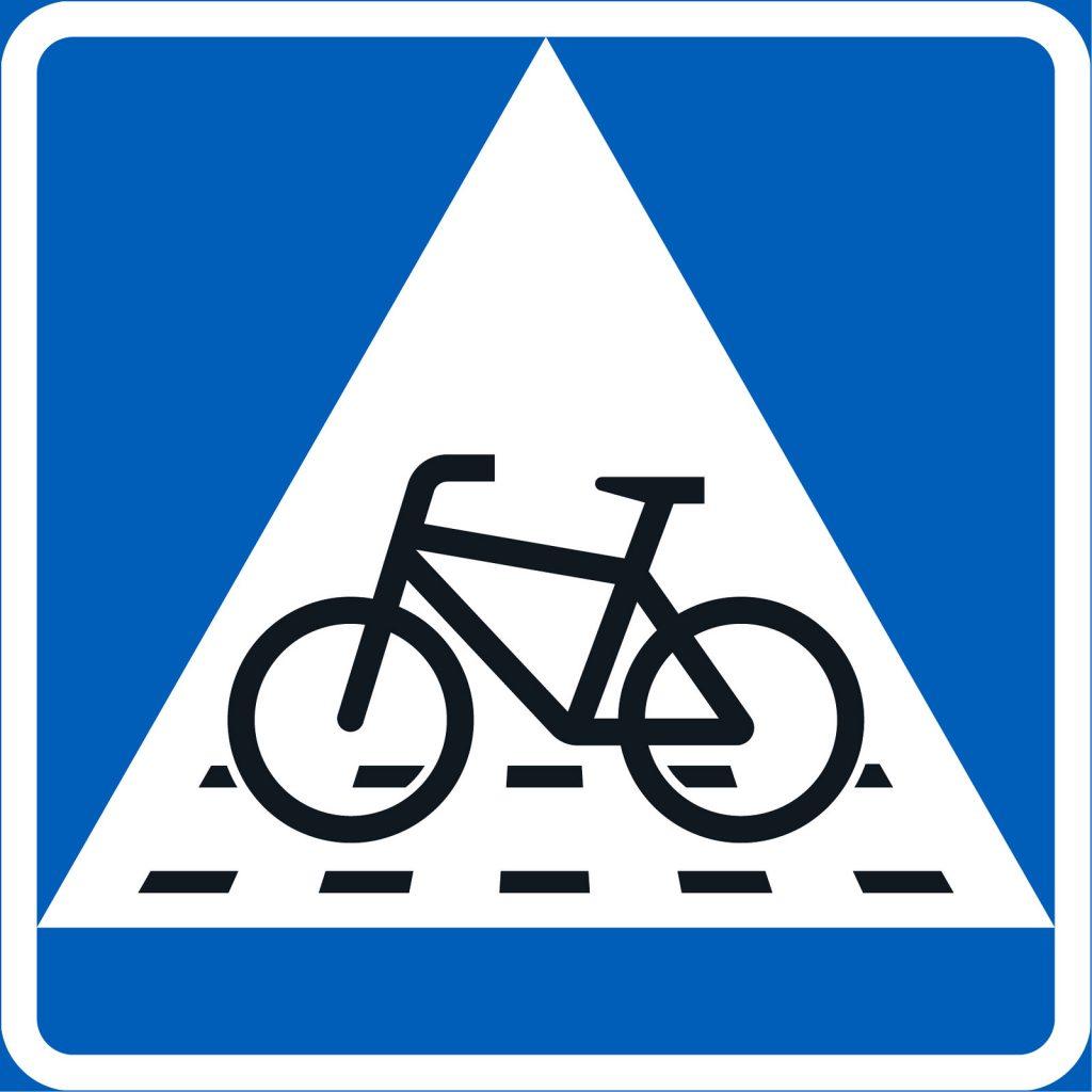 Väistämisvelvollisuus pyöräilijän tienylityspaikassa liikennemerkki